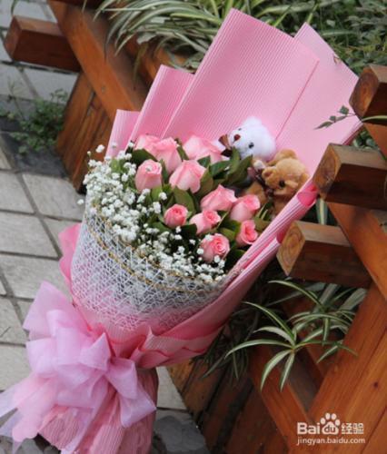 怎样挑选爱花居高质量的玫瑰花?