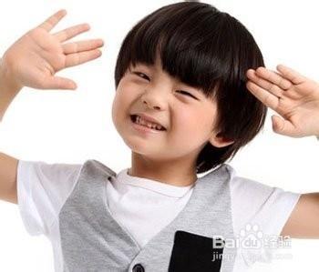 男孩子可以弄个齐刘海或蘑菇头,立马变身萌萌哒的小正太.